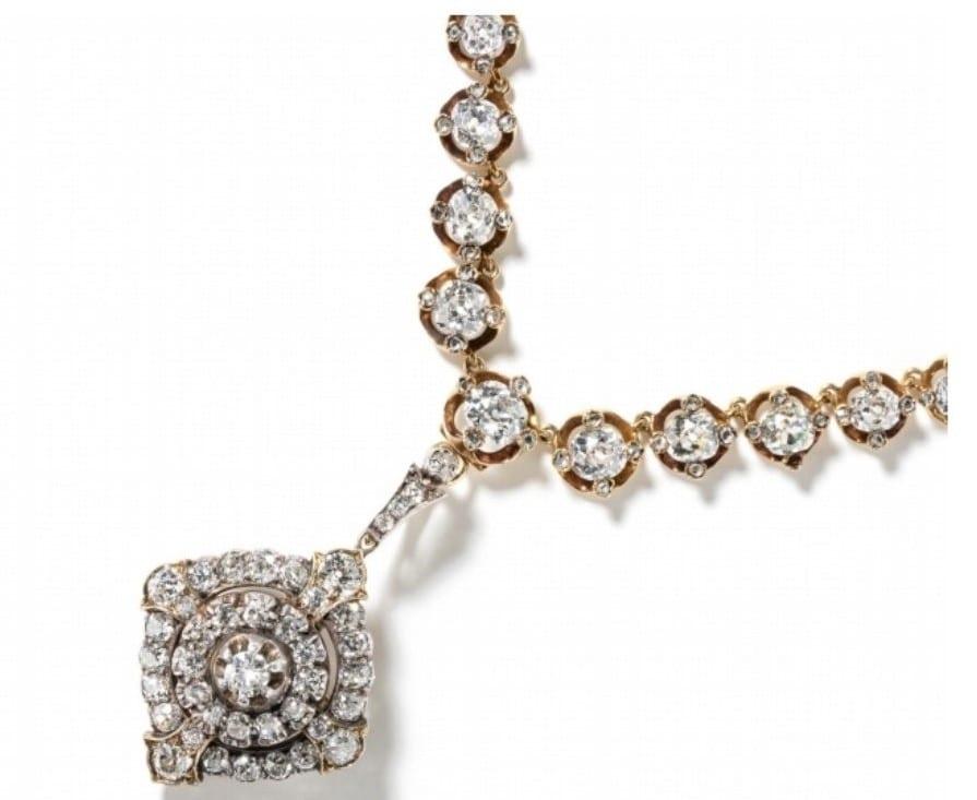 Mona de Sayve Iconic Jewels